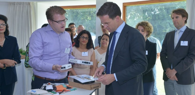 Prime Minister Rutte supports MoU Rural Spark