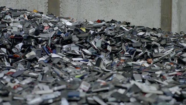 Closing the Loop recycles 1 million waste phones from Africa